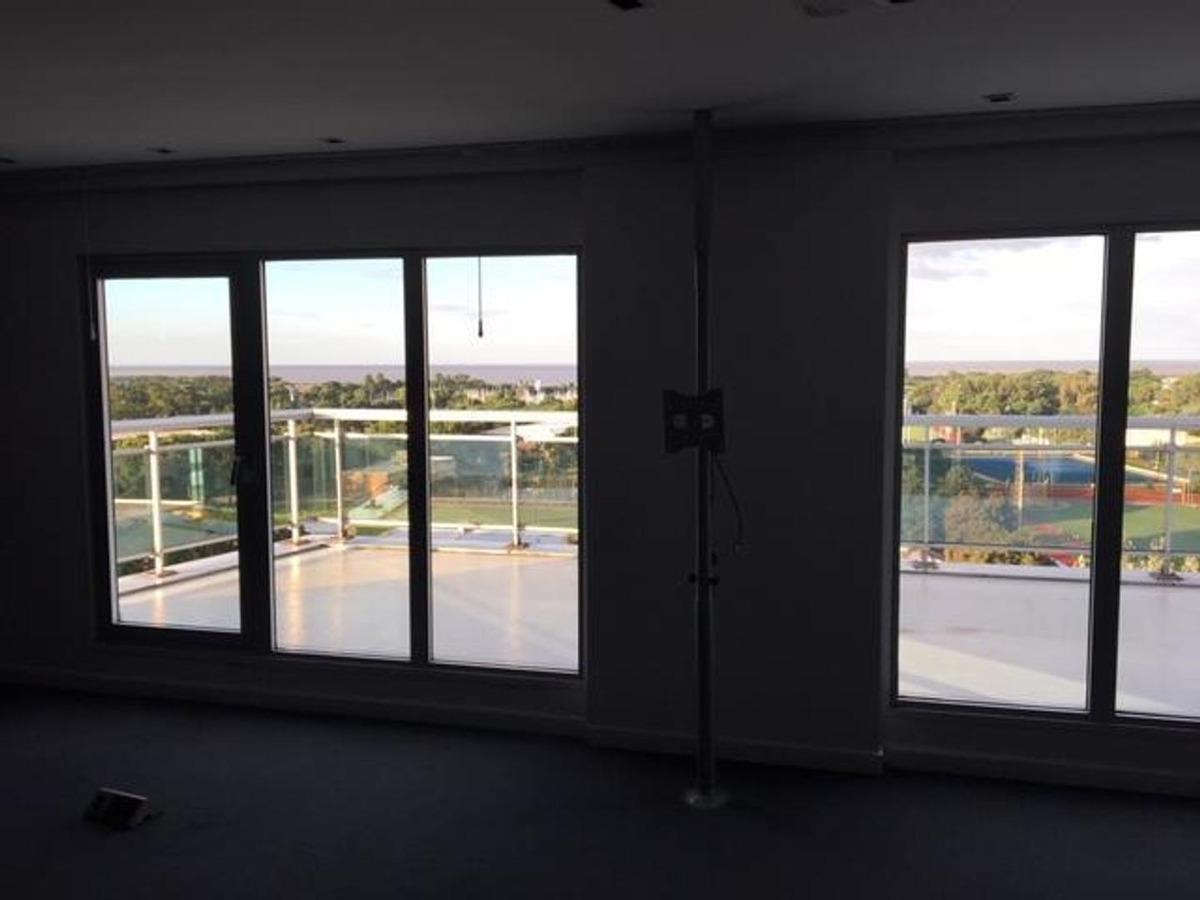 av del libertador 7200 oficina en alquiler 265 m² vista al r