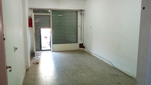 av. gral. san martin 1400 - ramos mejía - locales a la calle - venta