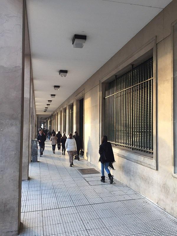av. hipólito yrigoyen 440 - pisos 6°al 8° - franco argentina