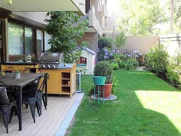 av. la dehesa / jardín privado / depto en arriendo