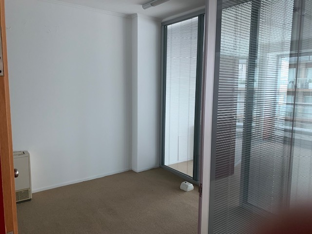 av libertador 6500 oficina en alquiler 133/120 m²