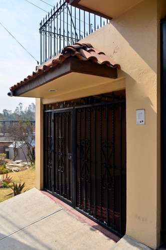 av1032.13. casa en venta en lomas de la hacienda. vivirla es autentica delicia.