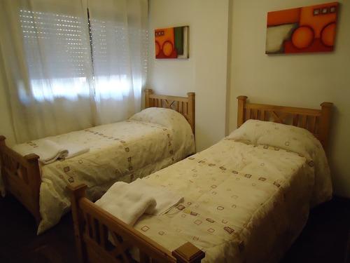 av.chacabuco y san jeronimo - centro - bonito y confortable