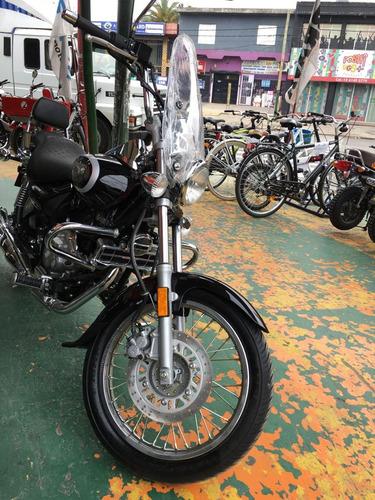 avenger motos bajaj