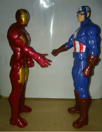 avengers figura de iron man & capitan america