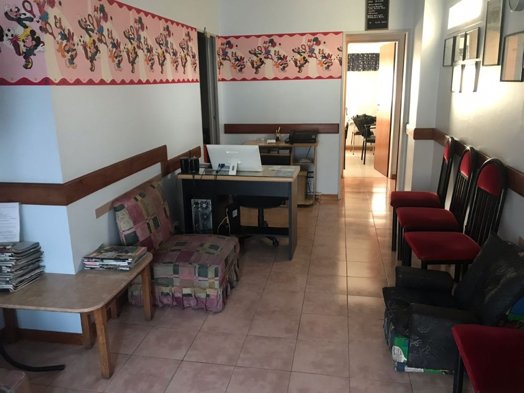 avenida hipolito yrigoyen 6300 - remedios de escalada - departamentos 2 ambientes - alquiler