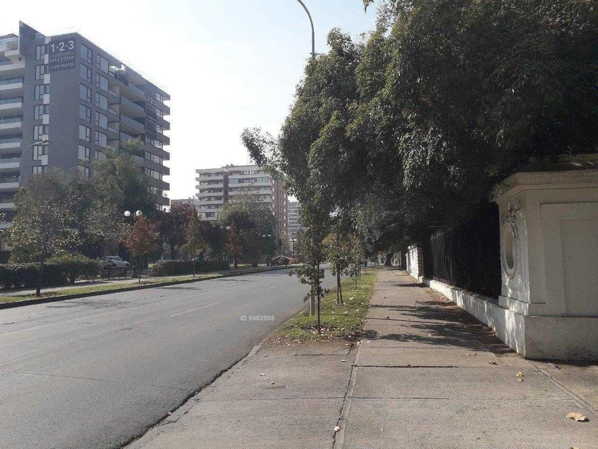avenida pocuro 2441