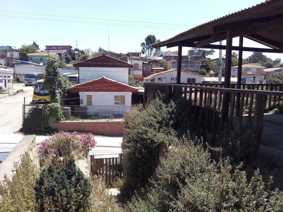 avenida pricipal / caleta horcon
