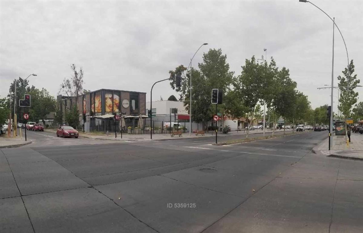 avenida vitacura - charles dickens