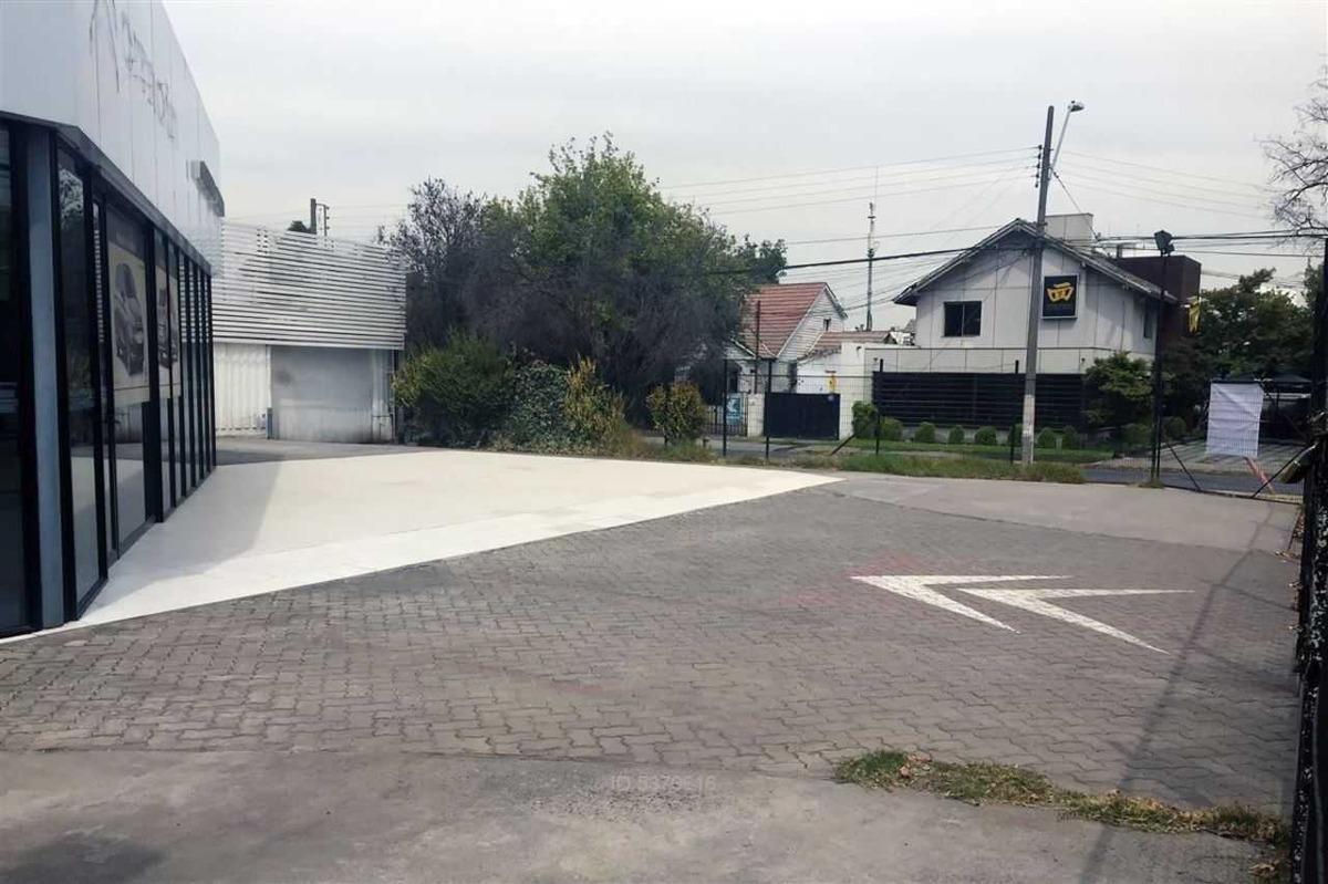 avenida vitacura / luis pasteur