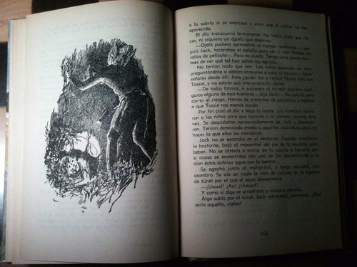 aventura en el castillo / enid blyton / editorial molino