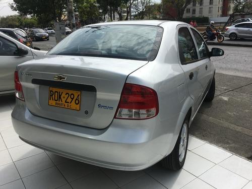 aveo ls,1.600, modelo 2012, color plata niquel full equipo