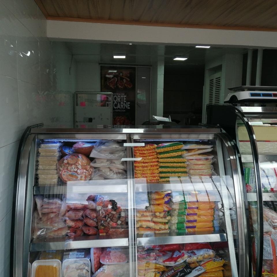avicola y salsamentaria en venta