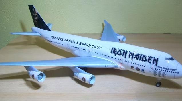Avião Iron Maiden Boeing 747 400 Ed Force One + Brinde