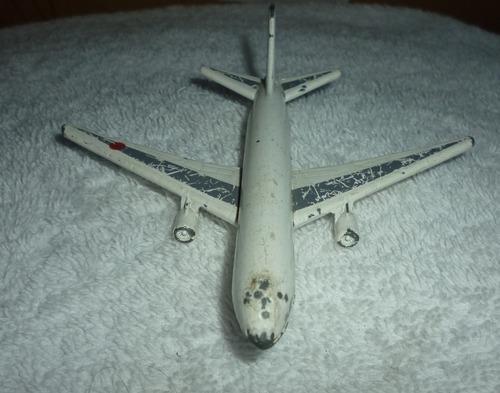 avião jal ( japan airlines)