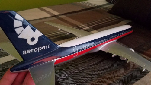 avion a escala 1:125 boeing 757 aeroperu diecast