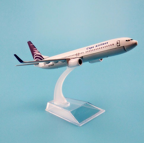 avión a escala a320-b787- b737-latam-avianca-copa airlines