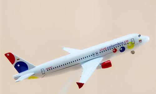 avión a escala de viva air 16cm