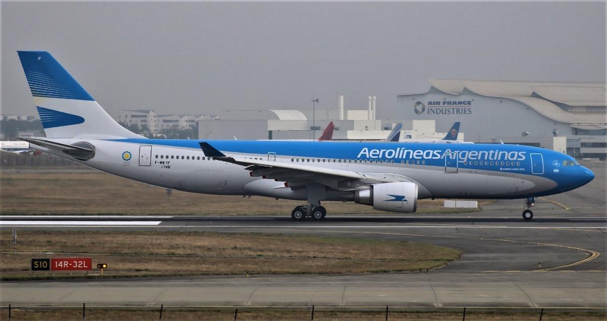 Avion Airbus A330-200 Aerolineas Arg. 12x12cm - Herpa 1/500 ...