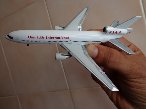 avion dc-10-30 omni air international esc 1:400 gemini jets