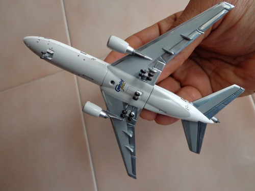 avion dc-10-30 omni air international esc 1:400 gemini jets