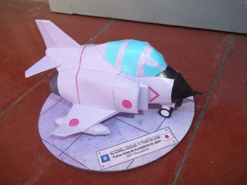 avion f4 phantom (deformado)armado en papel