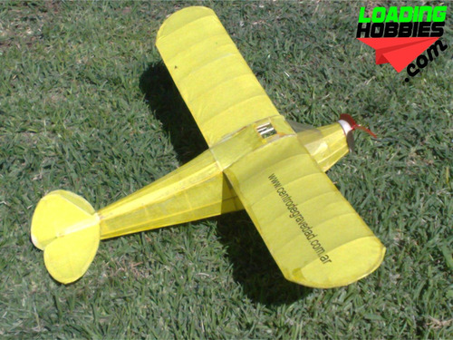 avion piper cub con motor a goma en kit en balsa