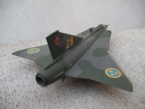 avion saab draken 1/72 airfix maqueta armada y pintada