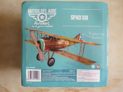 aviones de guerra a tamaño escala