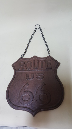 aviso tipo antiguo en hierro route 66 en relieve macizo
