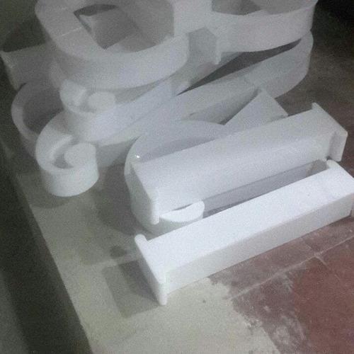 avisos en acrilico instalados somos fabricantes directos