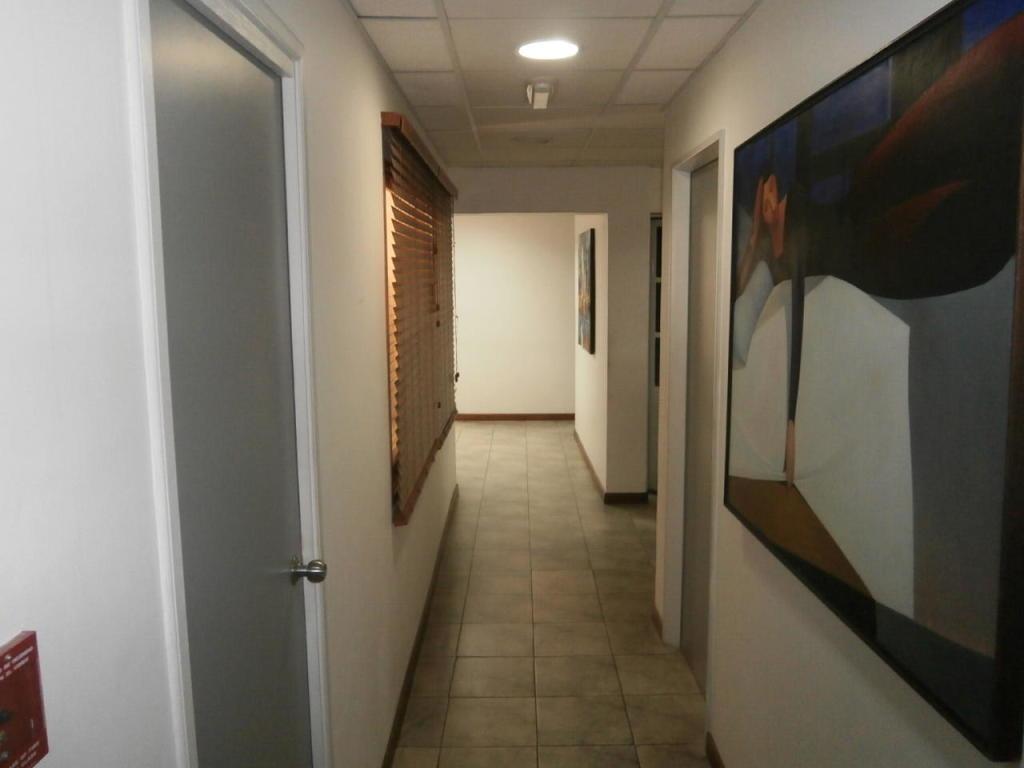 avp 19-20241 oficina comercial en alquiler las mercedes