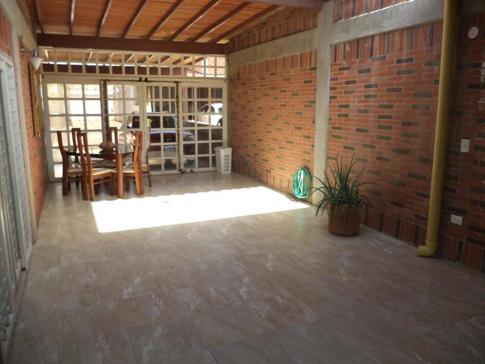 avp vende casa en castillejo 19-8949