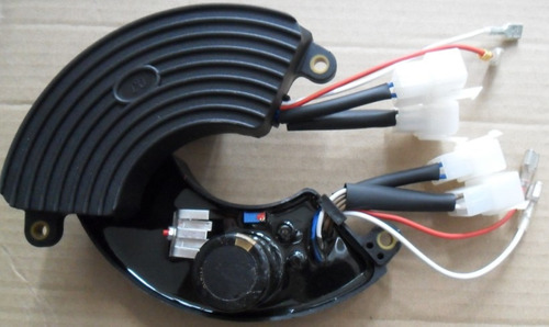 avr regulador de voltaje 5000 a 7500 watts trifasico