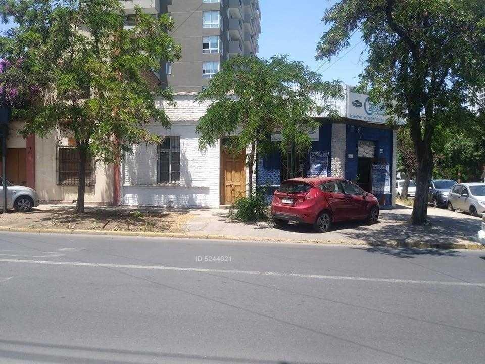av.sucre barrio italia