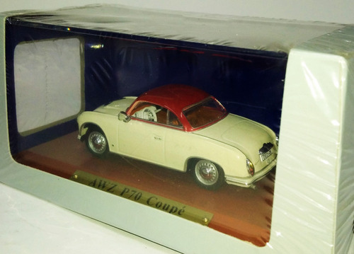 awz p70 coupe - 1/43  ddr collection de agostini