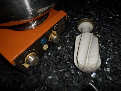 ayudante asistente  de cocina electrolux 3 velocidades