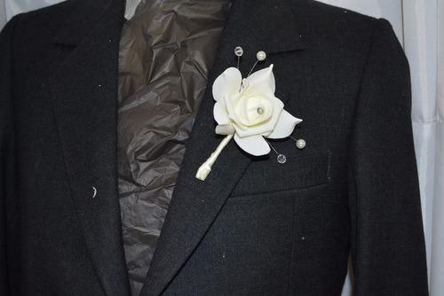 azar  novio boda boutonniere elegante