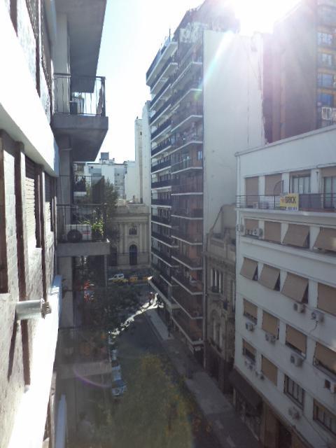 azcuenaga 1000 - barrio norte - amplio 4 amb al frente c/balcon c/palier privado   dependencia