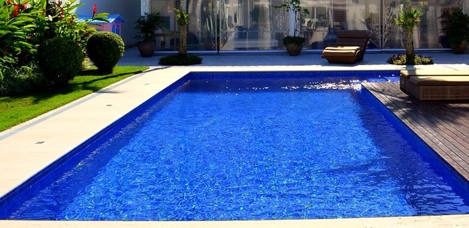 Azulejo para piscina cor azul royal 10x10 telado r 29 for Piscina 5 x 10
