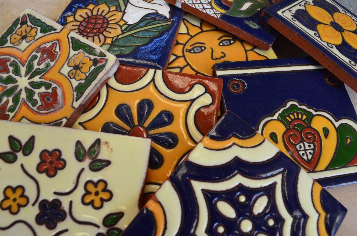 Azulejos talavera relieve en mercado libre - Muebles talavera ...