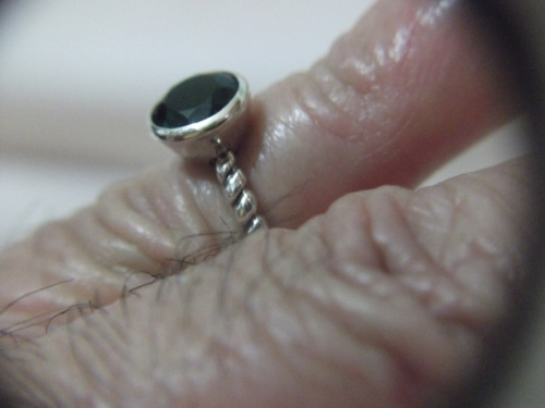 b. antigo - anel em prata italiana e esmeralda