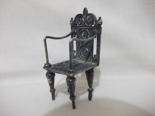 b. antigo - cadeira miniatura em prata filigranada em prata