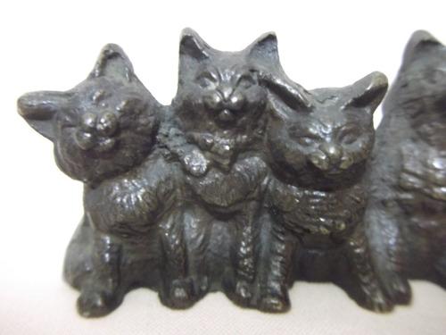 b. antigo - estatueta de 5 gatinhos em bronze austríaco