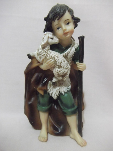 b. antigo - figura de presépio pastor com rebanho carneiros