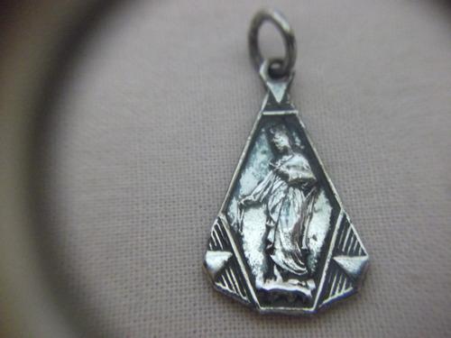 b. antigo -  medalha n. sra da saudade em prata frete grátis