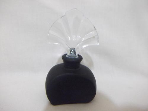 b. antigo- perfumeiro francês em vidro com aplique de flores