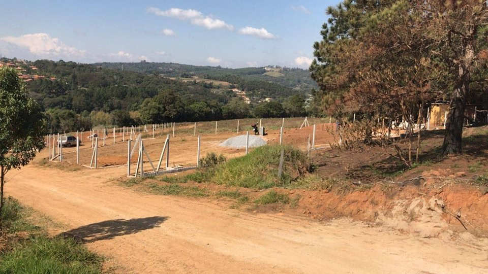 b lote 1.000 m2 100% plaino, mesmo acesso da represa