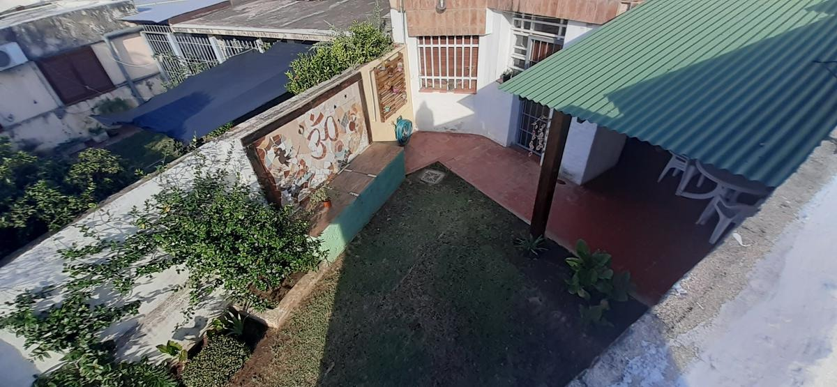 b° parque atlantida: gran casa 4 d.    quincho c/ asador dpto 1d. c/terraza