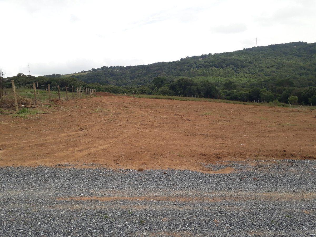 b terreno 1.000 m2 20x50, com portaria sem taxa, 100% plaino